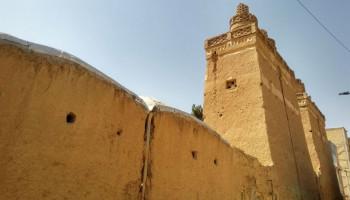 شهرداری نجف آباد اثر تاریخی برجهای دوقلوی صفا را تملک کرد