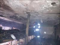 اتصالی برق سبب آتشسوزی مغازه سوپر مارکت در نجف آباد شد